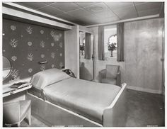 A series of first class cabins of the Normandie Opposed to the modern cruise ships and many ships of her time, most of the the first class cabins on the Normandie were individually designed,. Ss Normandie, Art Deco Hotel, Interior Architecture, Interior Design, Art Deco Design, Normandy, Commercial Interiors, Water Crafts, Luxury