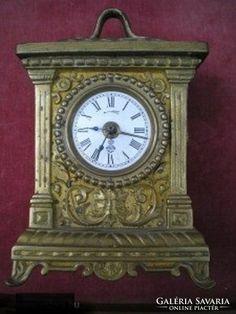 GUSTAV b utazo ora bronzbol Clock, Places, Home Decor, Watch, Homemade Home Decor, Clocks, Decoration Home, Lugares, The Hours