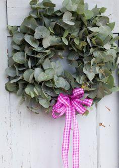 How to make a eucalyptus Christmas Wreath - Interiors - Yorkshire