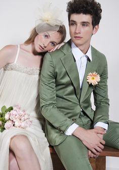 À moda antiga - Notícia - Dia-a-Dia Revista Stylists, Wedding Dresses, Editorial, Fashion, Old Fashion, Fashion Editorials, Bride Dresses, Moda, Bridal Gowns