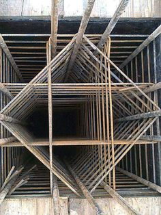 Steel in column! Steel in column! Civil Engineering Design, Civil Engineering Construction, Architectural Engineering, Concrete Structure, Structure Metal, Building Structure, Autocad, Garage Construction, Detail Architecture