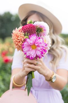 Holding Flowers, Love Flowers, Wild Flowers, Beautiful Flowers, Dahlia Flower, My Flower, Flower Power, Photo Bouquet, Gold Coin Necklace
