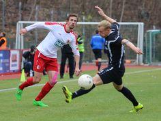 #Henning #Lichte gewinnt den Zweikampf.