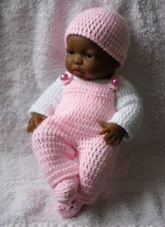Dungaree set for 9 inch Berenguer baby doll pattern by Petitedesigns