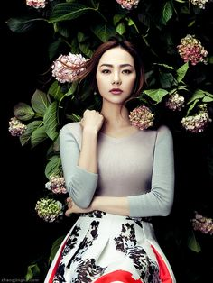 Elle Vietnam New Year's cover feat. Vietnamese singer Minh Hang. #Photo: Zhang Jingna #Styling: Phuong My