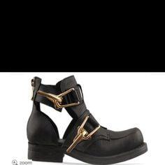 Jeffrey Campbell boots <3