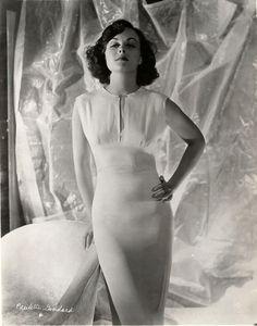 Paulette Goddard by Hurrell, 1936.