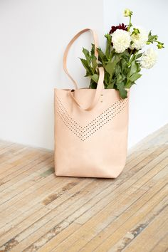 lovely bags gorgeous flowers .. X ღɱɧღ ||