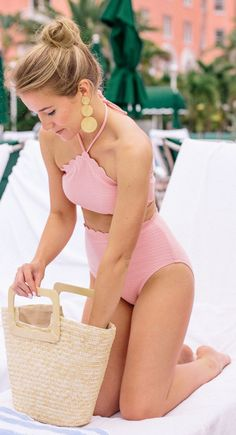 Vacation Swimsuits and Beachwear for women. Womens Affordable bikinis, swim suit cover ups. Summer bikini and beach outfit ideas. Mädchen In Bikinis, Cute Bikinis, Cute Swimsuits, Summer Bathing Suits, Cute Bathing Suits, Summer Wear, Summer Outfits, Cute Outfits, Pink Summer