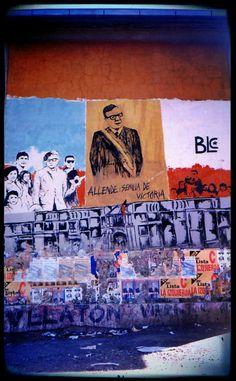 Murales de los 90, Santiago Chile, 1997, foto por luz:alhucema