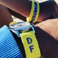 Bracelet nato  vous pouvez enfin avoir une montre ou un bracelet pas comme les autres personnalisé le votre! ca change #nato #braceletnato #braceletnatopersonnalise #natoband #personalisedband Bracelet Nato, Comme, Change, Bracelets, Jewelry, Pom Poms, Round Basket, Custom Products, Wicker