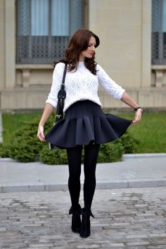 23 Cute Street Style Fashion - Sweater doesn't harmonize with the rest of the look.