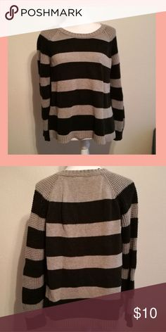 Selling this ✨🍃 DKNY Cozy Black & Grey Knit Sweater on Poshmark! My username is: katwoman941. #shopmycloset #poshmark #fashion #shopping #style #forsale #DKNY #Sweaters
