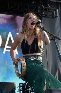 Zella Day Photos - Billboard Hot 100 Festival - Day 2 - Zimbio