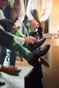 Men in Green socks Green Socks, Dapper Men, Groom And Groomsmen, Married Life, Wedding Styles, Tights, Marriage Life, Wedding Outfits