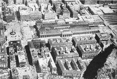 Com'era Piazza Garibaldi ai tempi della antica stazione ferroviaria di Napoli. In pratica demolirono la stazione e l'arretrarono per creare la gigantesca piazza Garibaldi attuale