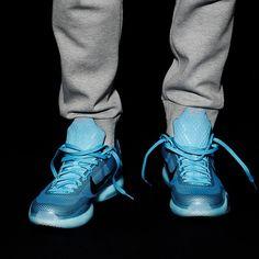 innovative design 6b04e 68746 Instagram post by Sneaker News • Jan 31, 2015 at 4 47pm UTC. Kobe 10Shoes  SneakersBasketballKicksDotsLoafers ...