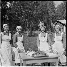 History Of Finland, Ww2, Nostalgia, Celebrities, Vintage, Historia, Organization, Finland, Celebs