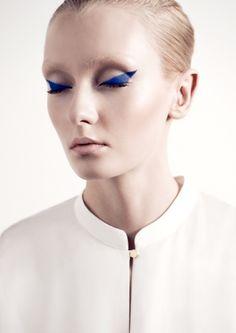 Minimalist blue #beauty #makeup