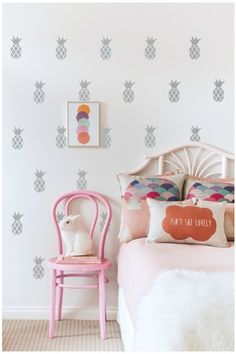 pineapple wall decals. Love this for a girls room!