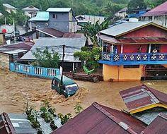 Il Pollaio delle News: Jayapura, tante case sono isolate dopo le forti pi...