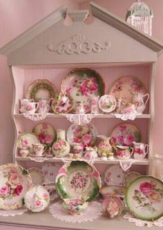 Shabby chic and very pink!
