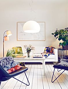 Living room / white & cool colors