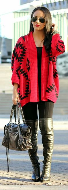 Cozy & Comfy    http://maytedoll.blogspot.com/2013/12/cozy-comfy-same-sweater-wrap-two.html
