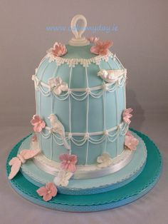 Beautiful vintage birdcage cake - ideal for an intimate wedding or special birthday