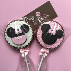 Minnie Mouse Birthday Decorations, Minnie Mouse Theme Party, Minnie Birthday, 6th Birthday Parties, Girl Birthday, Birthday Cake, Bolo Da Minnie Mouse, Minnie Mouse Cookies, Minnie Bow