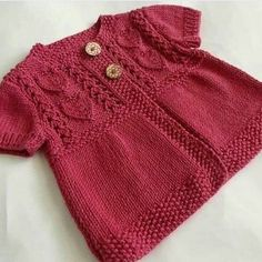 We have compiled 100 crochet baby vest pattern samples. See all of 40 crochet baby vest patterns. Browse lots of Free Crochet Patterns. Poncho Au Crochet, Crochet Poncho Patterns, Baby Knitting Patterns, Baby Patterns, Crochet Baby, Knit Crochet, Free Crochet, Baby Cardigan, Cardigan Bebe