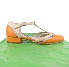 #FLATSHOES #LEATHER #SHOES #FASHION #HANDCRAFTED #MADEINSPAIN #ONLINESHOPPING www.jorgelarranaga.com/es/zapatos-planos-mujer-kitten-heels/345-387.html #SHIPPINGWORLDWIDE #ESHOP #zapatos #planos #zapatosplanos #hebilla #vinilo #detalles #moda