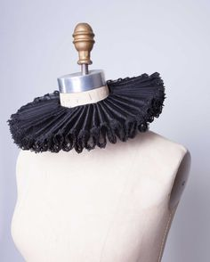 Elizabethan neck ruff, black neck ruff, Rennaissance neck ruff, Tudor, made to order theater costume collar