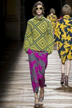 Sfilata Dries Van Noten Paris - Collezioni Autunno Inverno 2014-15 - Vogue