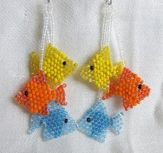 Beaded Fish Long Dangle earrings Orange, Blue, and yellow oorringen oorbellen met vissen