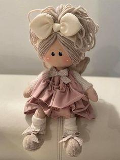 Diy Rag Dolls, Sewing Dolls, Diy Doll, Pretty Dolls, Cute Dolls, Beautiful Dolls, Homemade Dolls, Fabric Toys, Soft Dolls