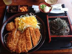 Pork cutlet and soba noodles from Wako I Love Food, Cute Food, Yummy Food, Asian Recipes, Real Food Recipes, Healthy Recipes, Food Platters, Recipes From Heaven, Aesthetic Food