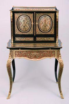 """A fine """"bonheur du jour"""" lady desk. The writing tablet is hidden above the main…"""