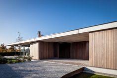 squared+: Villa Benc Astene