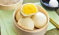 Bánh bao là một món ăn ngon và quen thuộc đối với tất cả người Việt, quen đến độ người ta đã quên là bánh bao có tự bao giờ. Bánh bao có rất nhiều loại ngoài bánh bao truyền thống như: bánh bao nhân thịt, chay, nhân đậu đỏ, khoai lang tím, chiên nhân