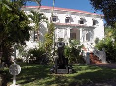 Barbados Sunbury Plantation House. You should visit at least one of the great plantation houses and this is my favourite. Enjoy the atmosphere of this Barbados Great House while envisioning what it was like to live on one of the island's sugar estates. Built around 1660 by one of the first settlers on the island, Sunbury Plantation House has survived hurricanes, uprisings and a fire throughout its long history.