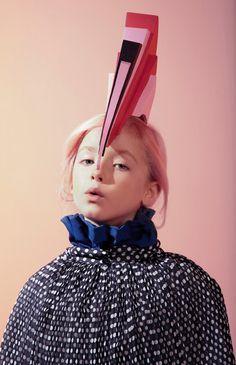 Junior magazine shot- geometric head gear