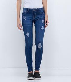 Calça feminina  Modelo skinny  Com puídos  Marca: Blue Steel  Tecido: jeans elastano  Composição: 98% algodão e 2% elastano  Modelo veste tamanho: 36       Medidas da Modelo:     Altura: 1,73   Busto: 80  Cintura: 60  Quadril: 90       COLEÇÃO INVERNO 2016     Veja outras opções de    calças jeans femininas.