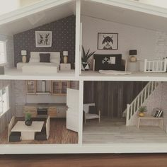 Getting there.... #dollhouseminiatures #dollhouse #lundbyrenovering…