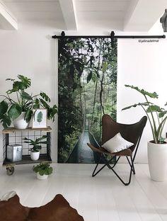 Student Room, Rustic Apartment, Green Sofa, Scandinavian Living, Creative Home, Home Decor Furniture, Interior Design Inspiration, Decorating Your Home, Decoration