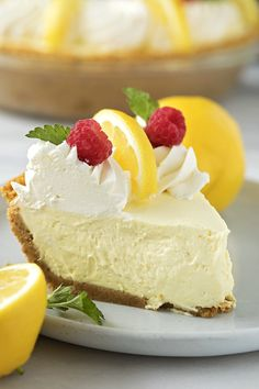 Heavenly Lemon Cream Pie - Life Made Simple - - Creamy, silky, heavenly lemon cream pie. This no-bake treat is absolutely dreamy. It's perfect for spring celebrations or summer BBQs. Summer Dessert Recipes, Lemon Desserts, Lemon Recipes, Easter Desserts, Lemon Pie Recipe, Cream Pie Recipes, Spring Desserts, Lemon Cream Pies, No Bake Treats