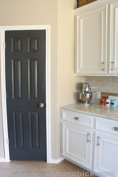 paint colors on pinterest benjamin moore farrow ball and taupe. Black Bedroom Furniture Sets. Home Design Ideas
