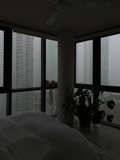 Cozy Aesthetic, Night Aesthetic, Nature Aesthetic, Aesthetic Bedroom, Rain Window, Night Window, Window View, Apartment View, Dream Apartment