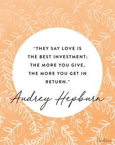 12 Audrey Hepburn Quotes That Never (Ever) Get Old – fashion quotes inspirational Audrey Hepburn Outfit, Audrey Hepburn Quotes, Marilyn Monroe Quotes, Old Fashioned Quotes, Old Fashioned Love, Scott Patterson, Gilmore Girls, Khloe Kardashian Quotes, Getting Old Quotes