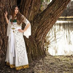 Another team that worked with my oriental styled dress was Hadie van Bilderflut with beautiful model Alina Lauterbach. Thanks so much you really did a great job! This is how the whole dress looks on a real living person.   #oriental #bellydance #fantasy #fantasycostume #larpwerker #bellydancedress #tribal #outdoor #photoshooting #photography #sewing #handmade #designer #tribal #costume #dressmaking #larp